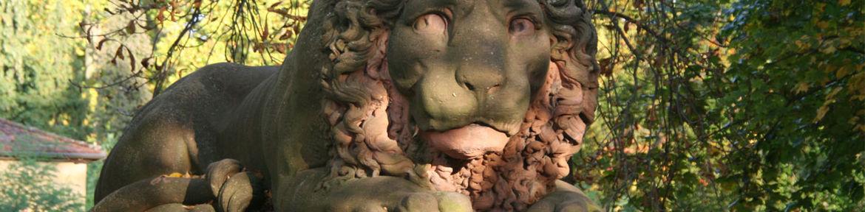 slider_0000s_0010_Löwen Parkeingang Schlosspark